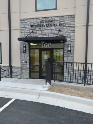Ascensa St. Judes Recovery Center entrance for the project by The Blue River Group