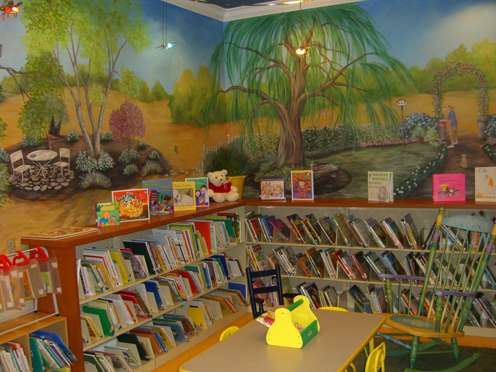 An Inviting Children's Library